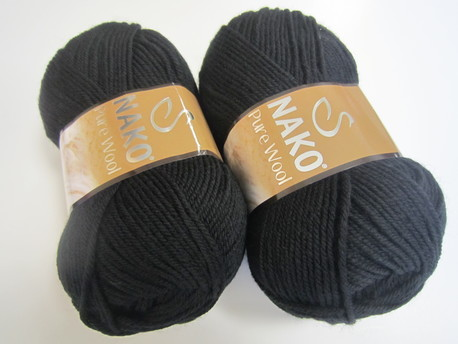 Main pure wool 217 melna