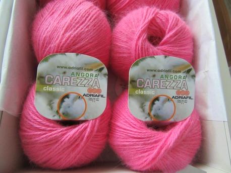 Main jauns carezza 083 kosi roza
