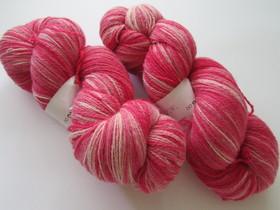 Thumbnail pink white 82